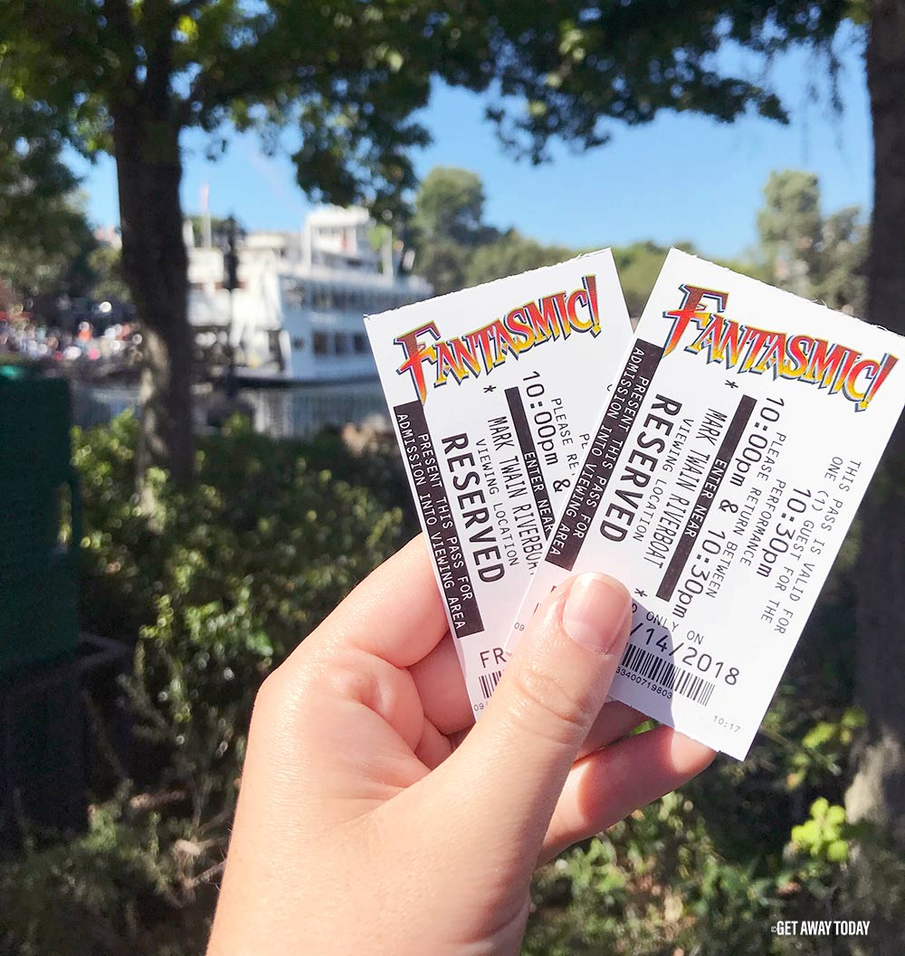 Disneyland Digital Fastpass Fantasmic!