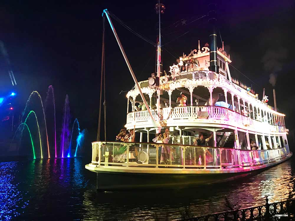 Kids Free Disneyland Fantasmic