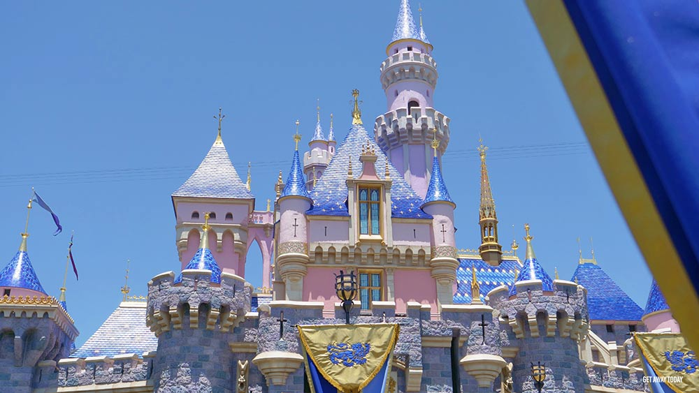 Kids Free Disneyland Header