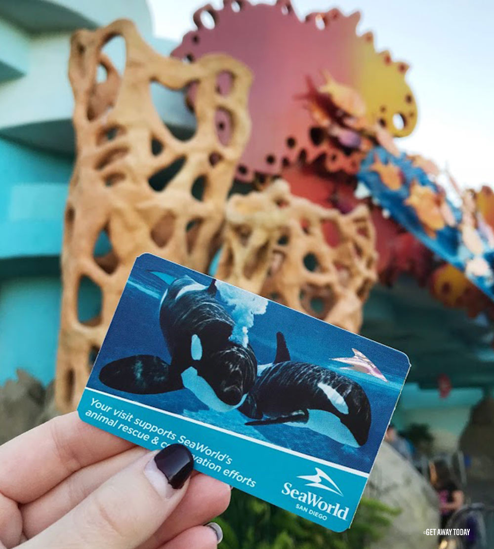 La Quinta Inn and Suites San Diego Review SeaWorld Ticket