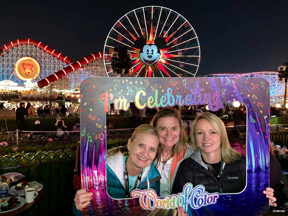 World of Color Dessert Party Group picture with sign