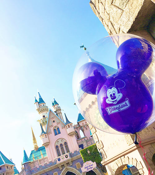 2018 Guide to Disneyland - Castle and Mickey Balloon