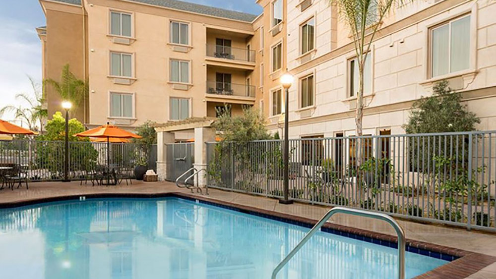 Ayres Hotel Orange Review Pool