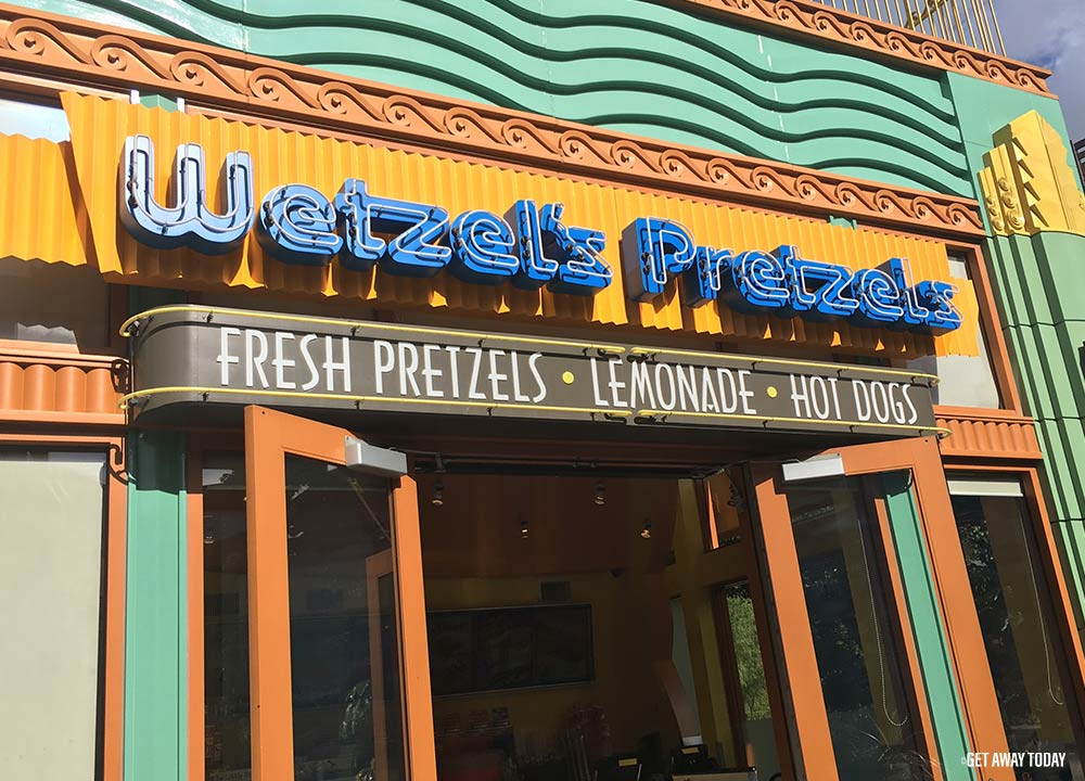 Best Disneyland Birthday Freebies Wetzels Pretzels