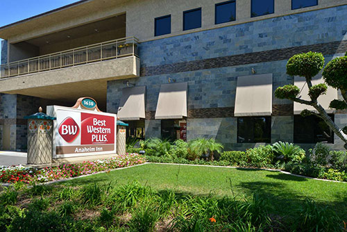 Best Western Anaheim Inn Review Exterior