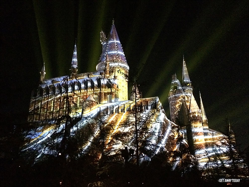 Changes at Universal Studios Hollywood Hogwarts Castle Light Show