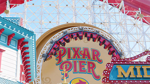 Disneyland vs  Disney World - Part One