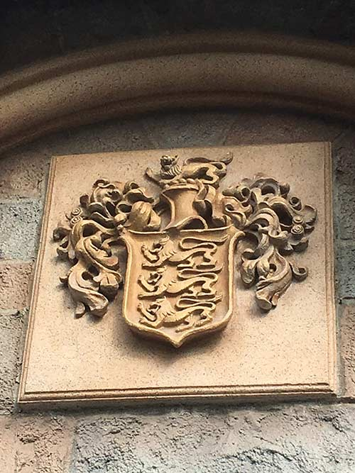 Family Crest in Fantasyland Secrets