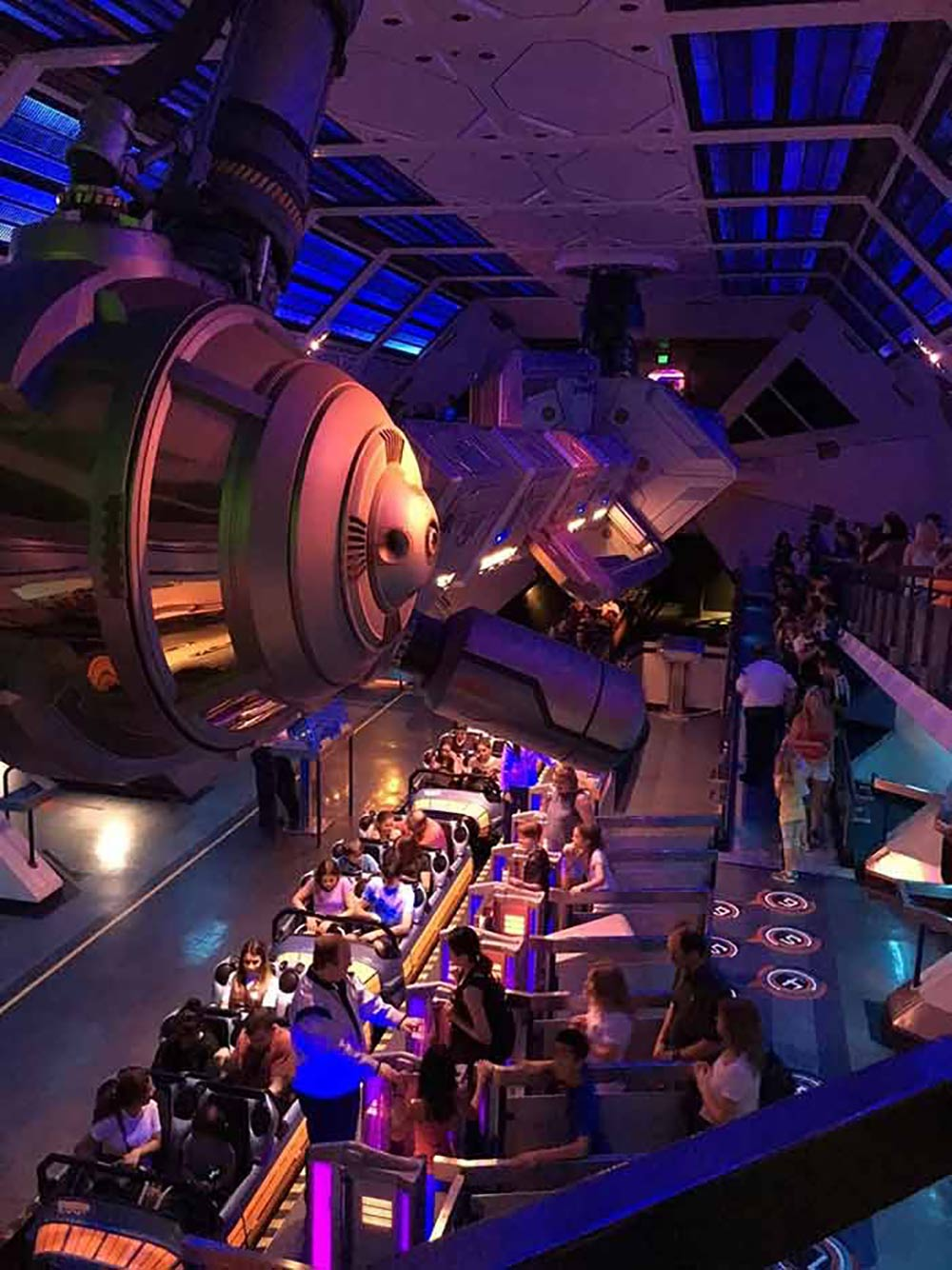 Space Mountain Line Inside
