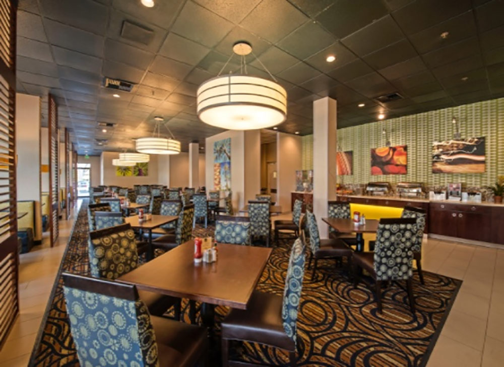 Clarion Hotel Anaheim Review Dining
