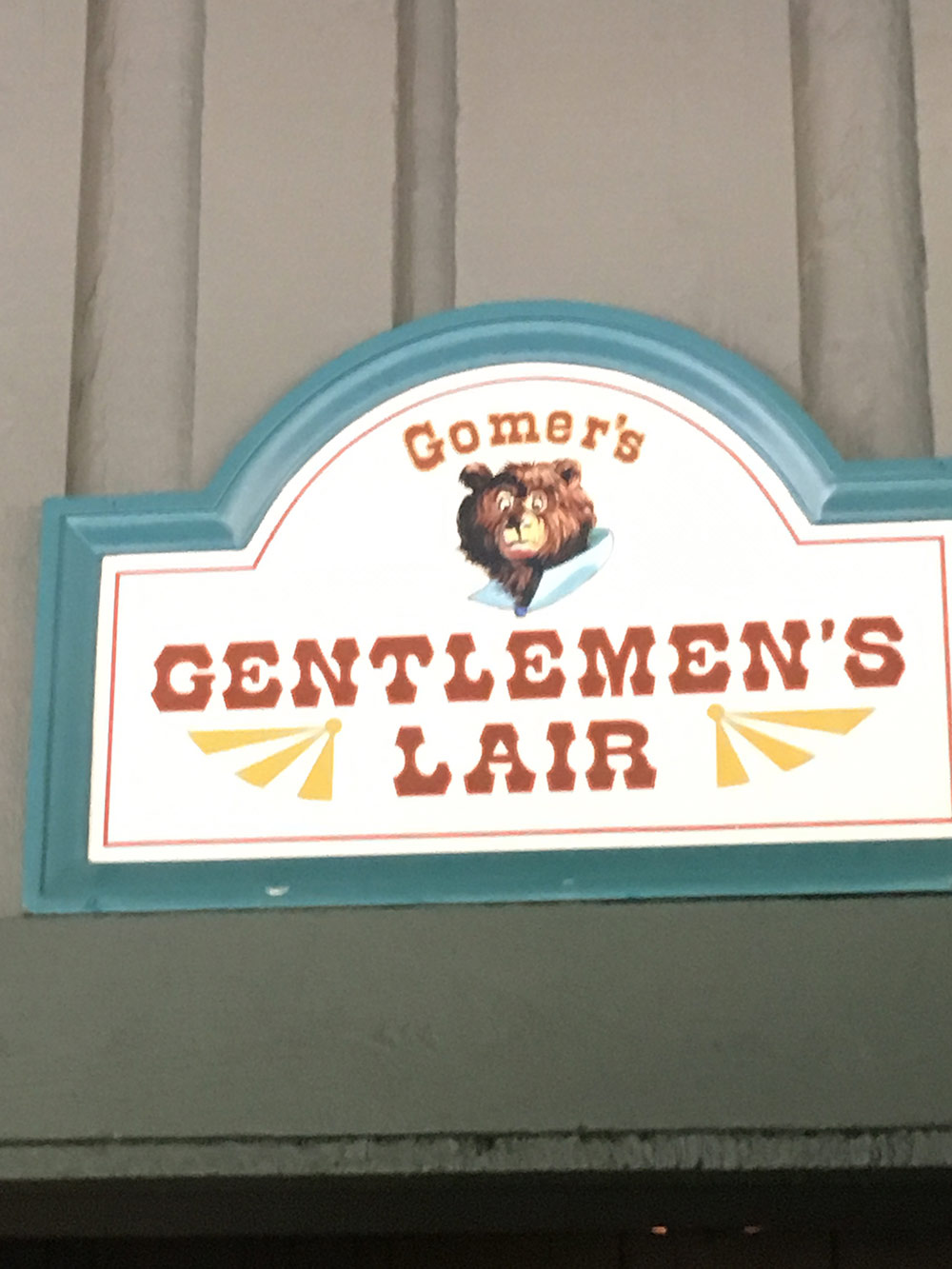 Critter Country Gentlemens Lair