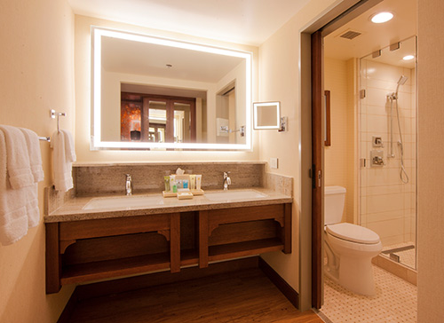 Disneys Grand Californian Hotel and Spa Bathroom
