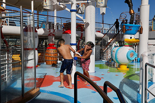 Disney Wonder Splash Zone