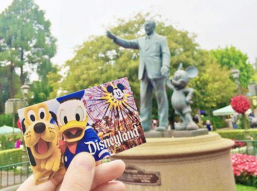 Save Money on Disneyland Tickets
