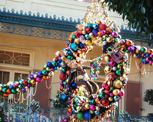 theres not one corner of disneyland that isnt touched by holiday magic this is how they show their holiday spirit in new orleans square - Disneyland Christmas Decorations