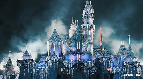How many days do I need at Disneyland holiday castle