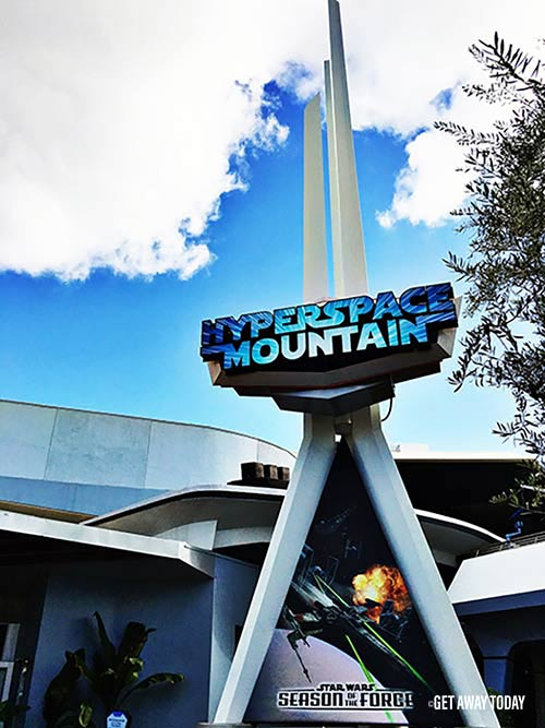 Guide to Disneyland 2017 Hyperspace Mountain Star Wars