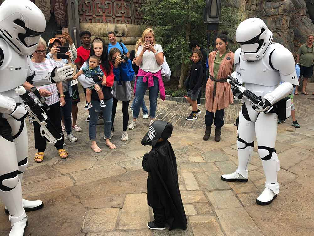 Storm Troopers little darth vader