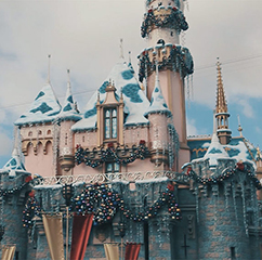 Tips for Christmas at Disneyland