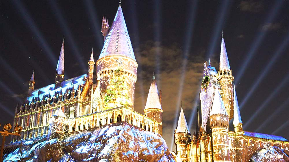 Christmas At Universal Studios Hollywood.Everything You Need To Know About Holidays At Universal
