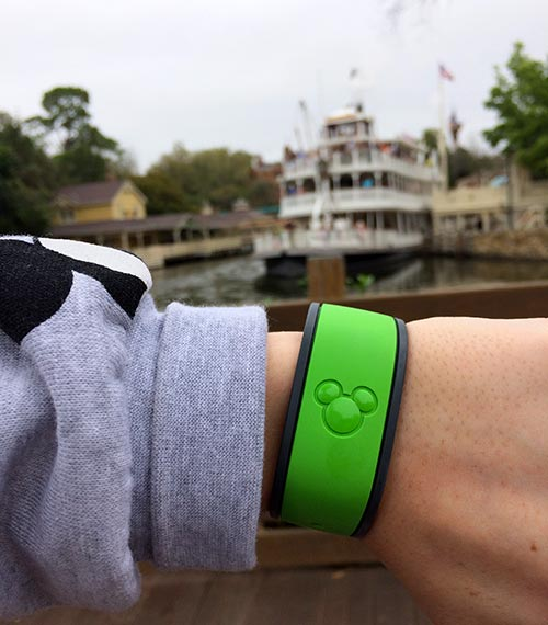 Disney World Dining Plan is saved in your Magic Band