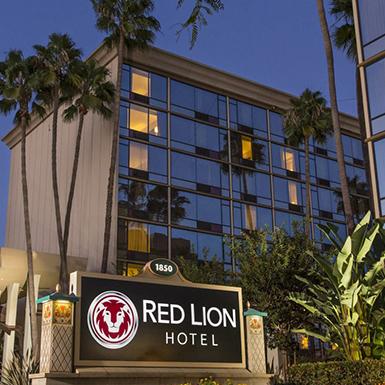 red lion hotel anaheim resort review. Black Bedroom Furniture Sets. Home Design Ideas