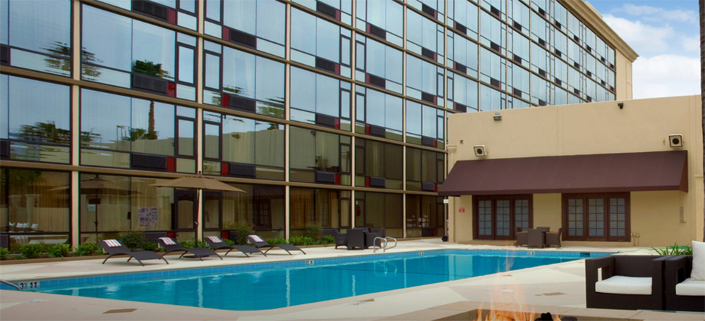 Red Lion Hotel Anaheim Resort Review Pool