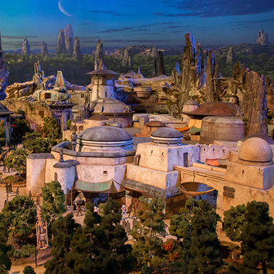 Star Wars Land Disneyland: New Information Released!