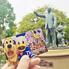 Top 10 Disneyland Travel Tips