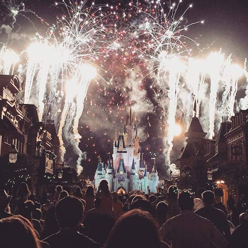 Romantic Things to Do at Disney World Fireworks