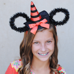 Make Your Own Halloween Minnie Ears
