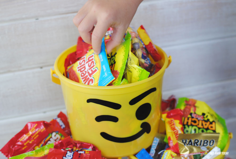 Lego Bucket Craft Treat