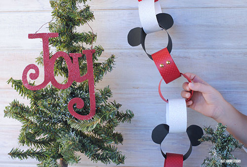 Mickey Mouse Holiday Countdown Chain