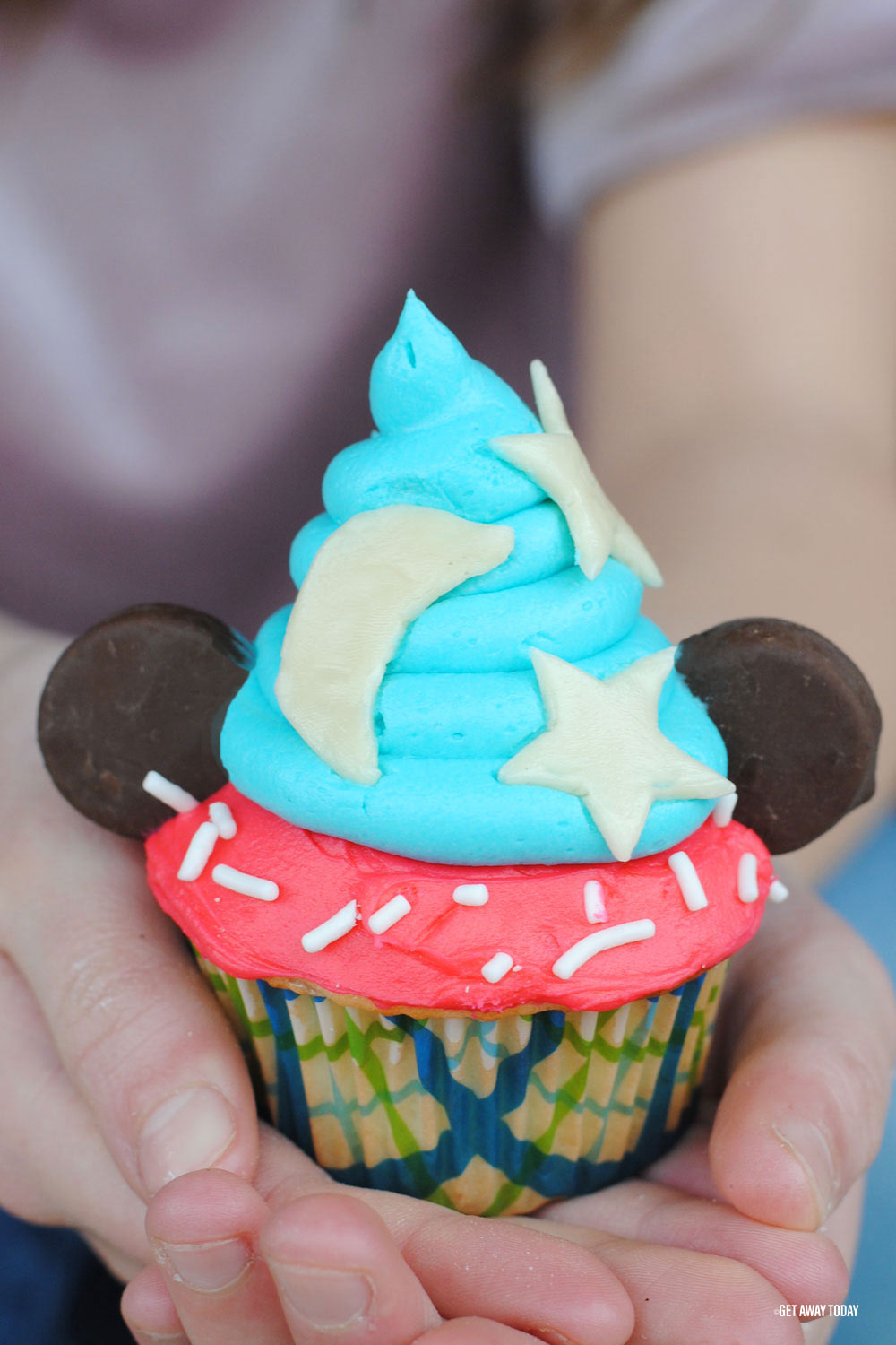 Mickey Mouse Cupcakes Ready