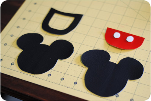 Diy Mickey Mouse Luggage Tags Tutorial