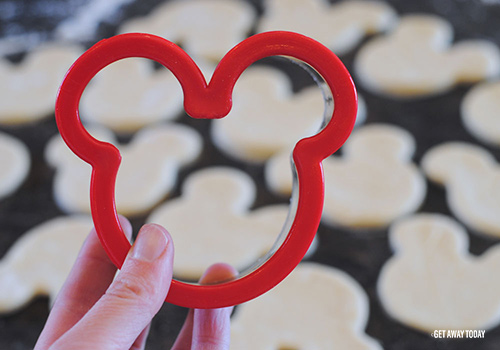 Mickey Mouse Beignets Cookie Cutter