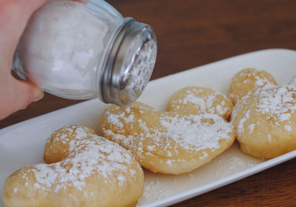 Mickey Mouse Beignets Sugar