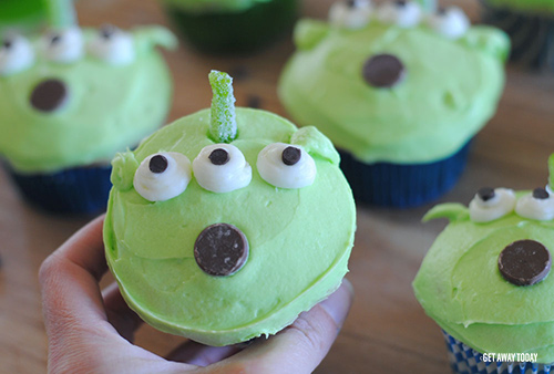 Toy Story Alien Cupcakes Single