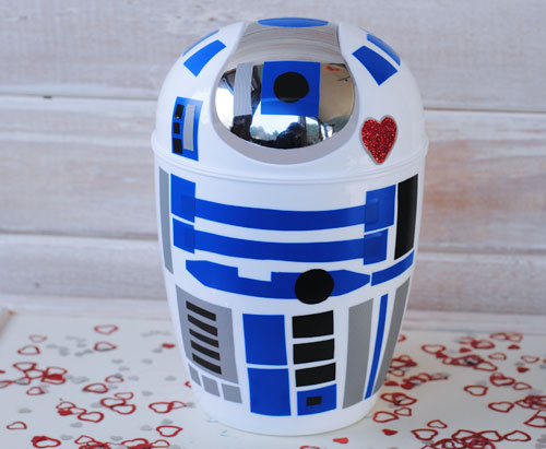 To Make It Easier To Make Your R2 D2 Valentines Box, Hereu0027s A Quick List  With Links For All Of The Supplies Youu0027ll Need: